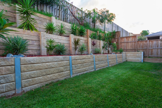 Completed Retaining Wall Project in Eugene backyard